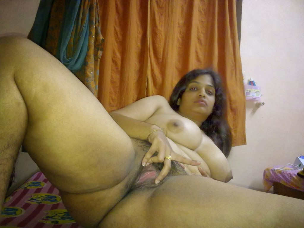 nude hot sexy young indian wife