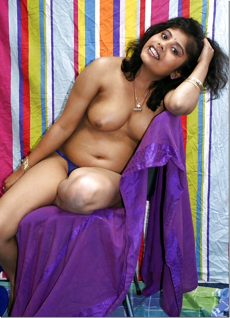 naked mom girls india