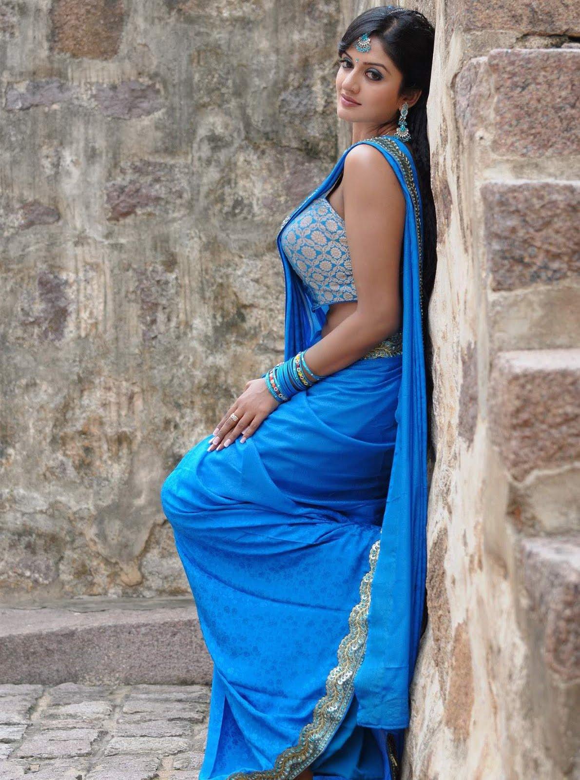 Arab in saree - 3 6