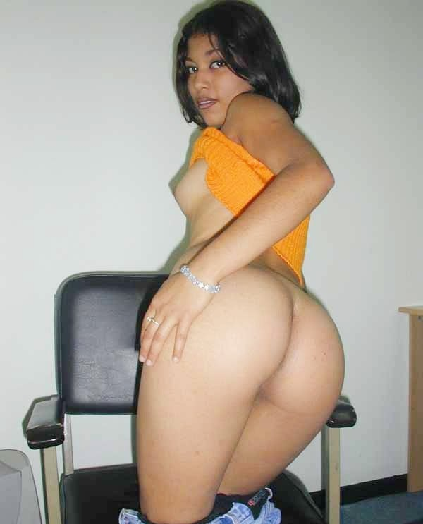 nude butt of indian school girl