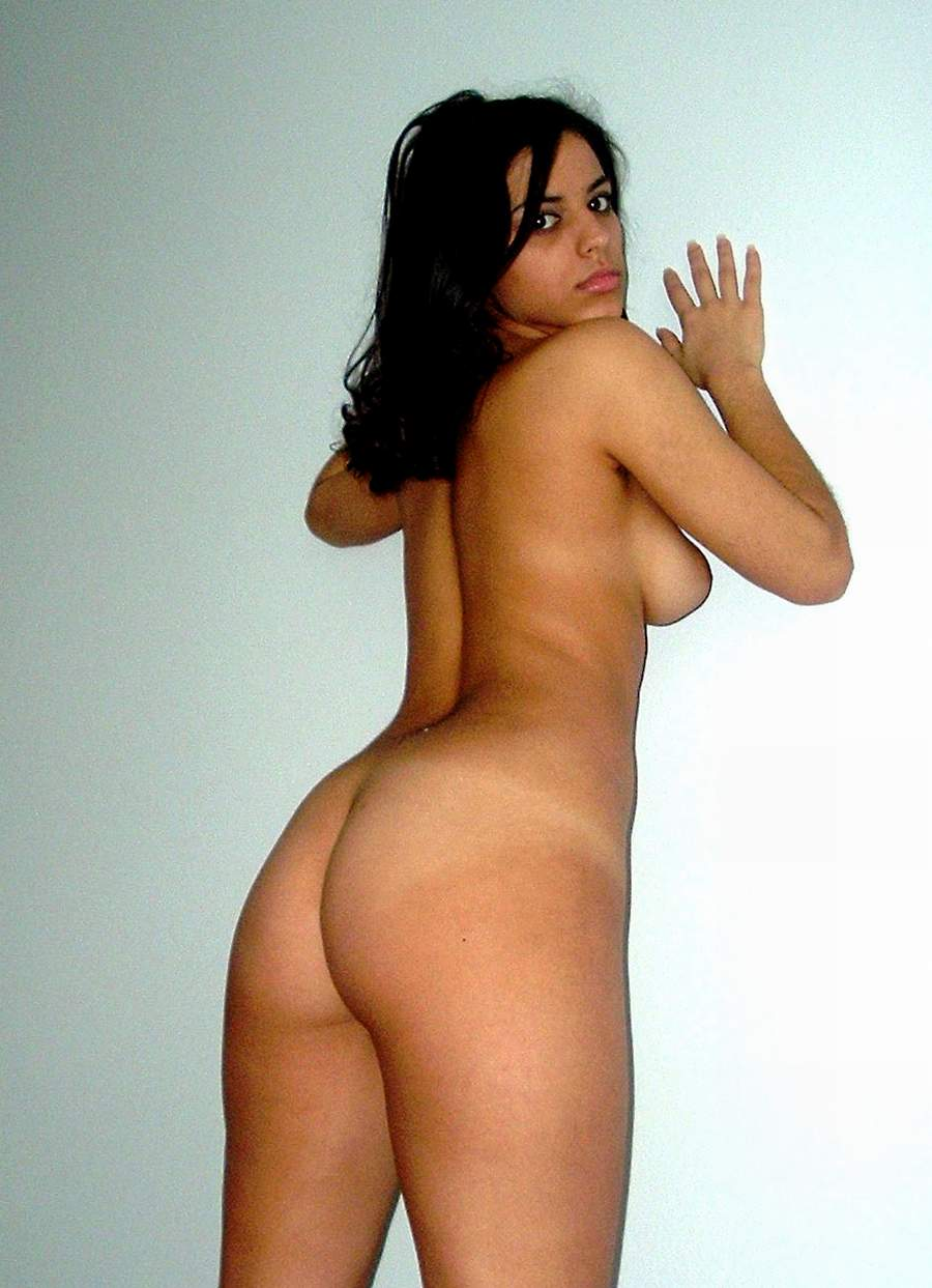 Hot sexy naked arab girle