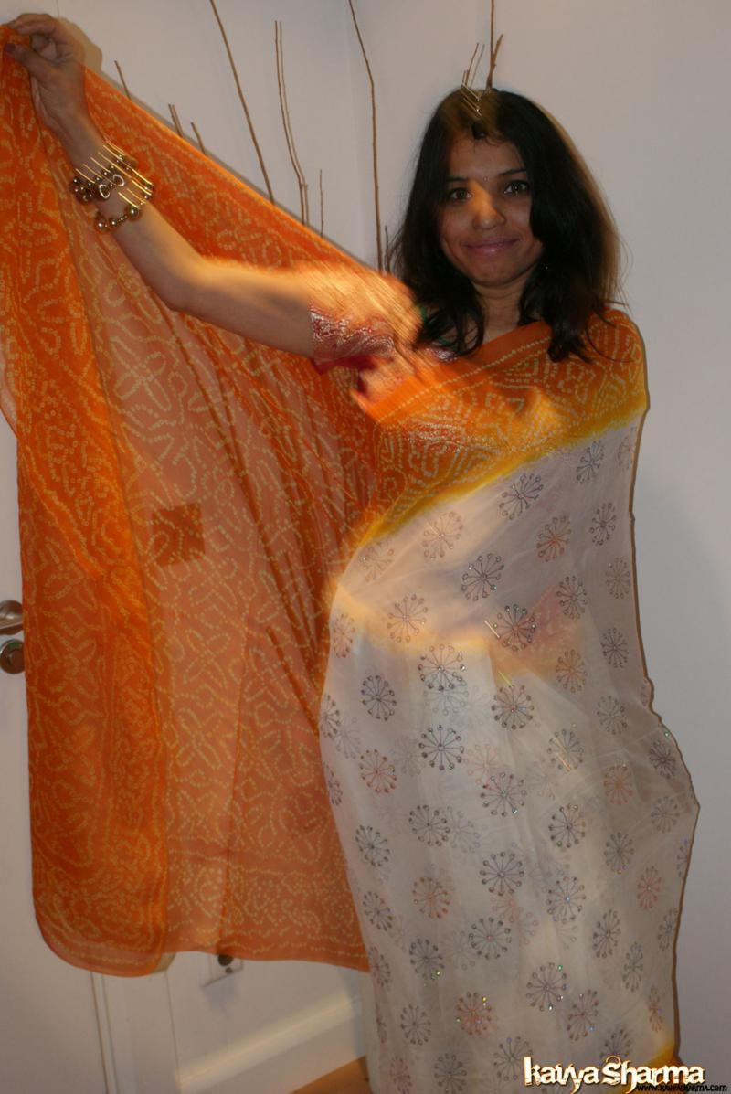 Desi Nangi Newly Married Brides Pics Gallery  Delhi New -5422