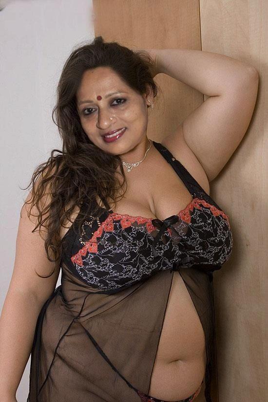 from Leon pic nude kerala woman sex