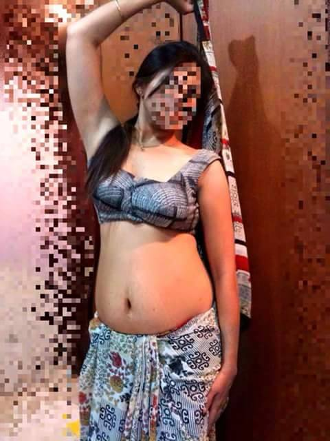 Hot Desi Randi Pouring Milk From Her BoobsHD  FreeHDxCom