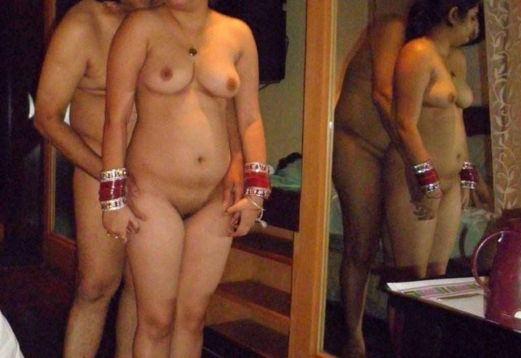 Hot indian aunty sexy photo