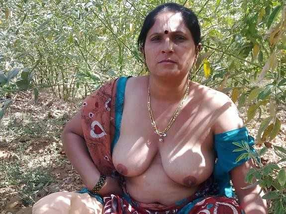 Nude Desi Boobs Xossip Gallery Of Bbw Aunty  Housewife-6861