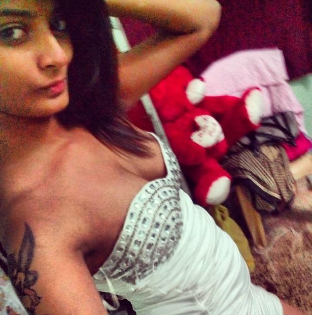 nude-tamilgirlpussy