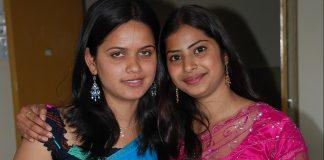 Sexy aunty remove saree