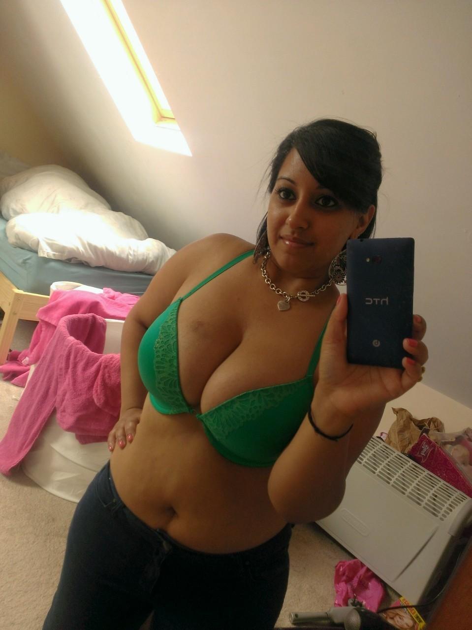 Bhabhi Bra Panty Pics  Bangladeshi Sexy Boobs Girls -2061
