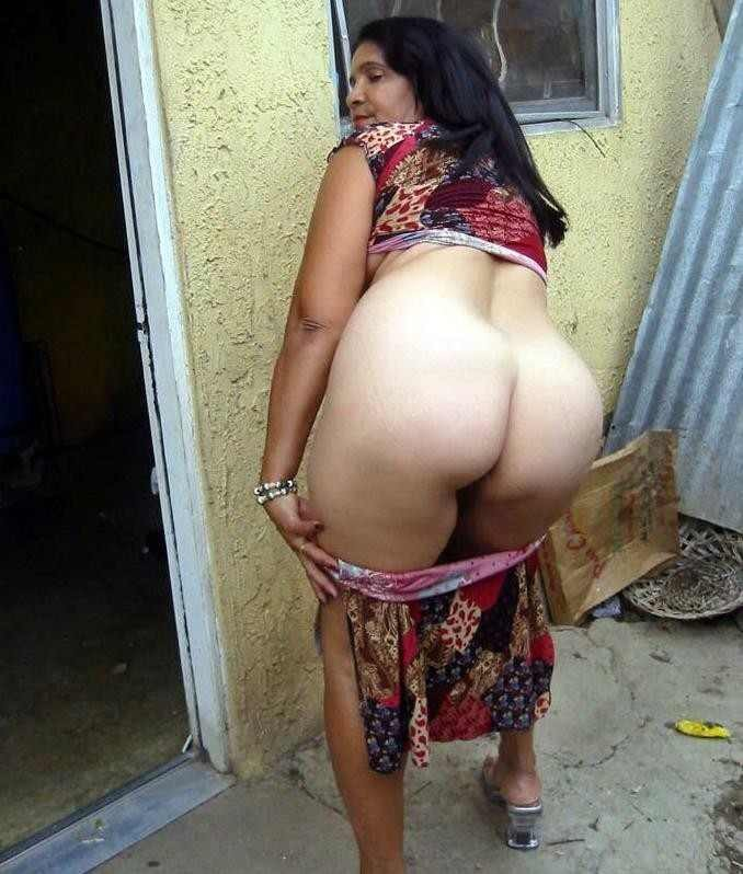 Old aunty nude photo here against
