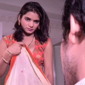 devar remove bhabhi saree