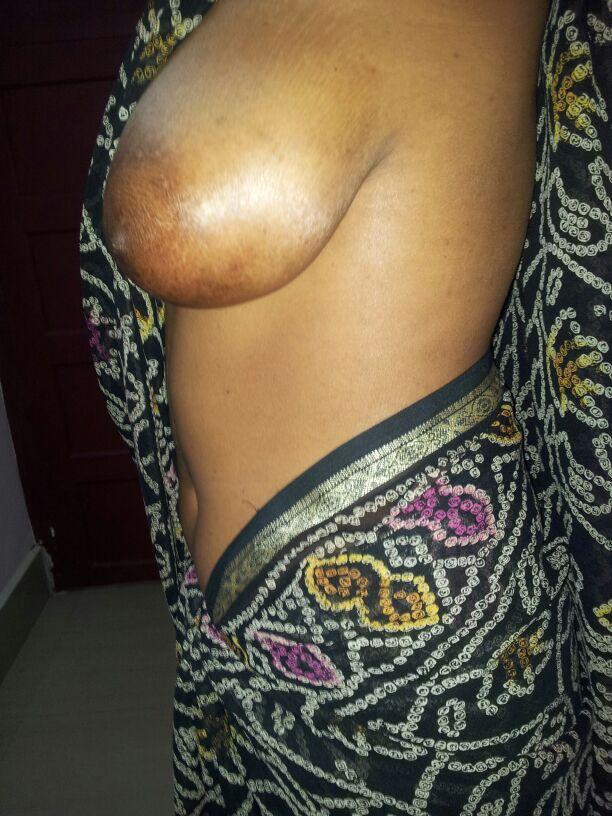 removing saree sex photos of indian aunties bhabhi and girls