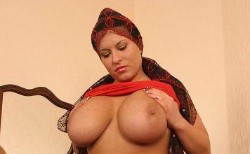 pakistani fat aunty