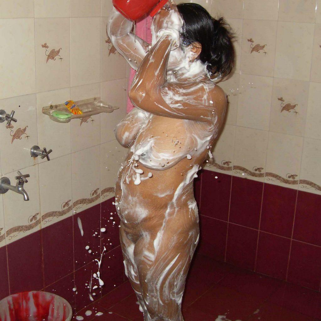 Leak saree nude aunty congratulate, magnificent