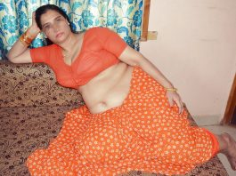 desi aunty saree remove