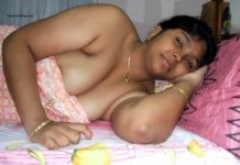 Aunty cleavage images