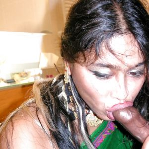 moti village aunty full nude photo