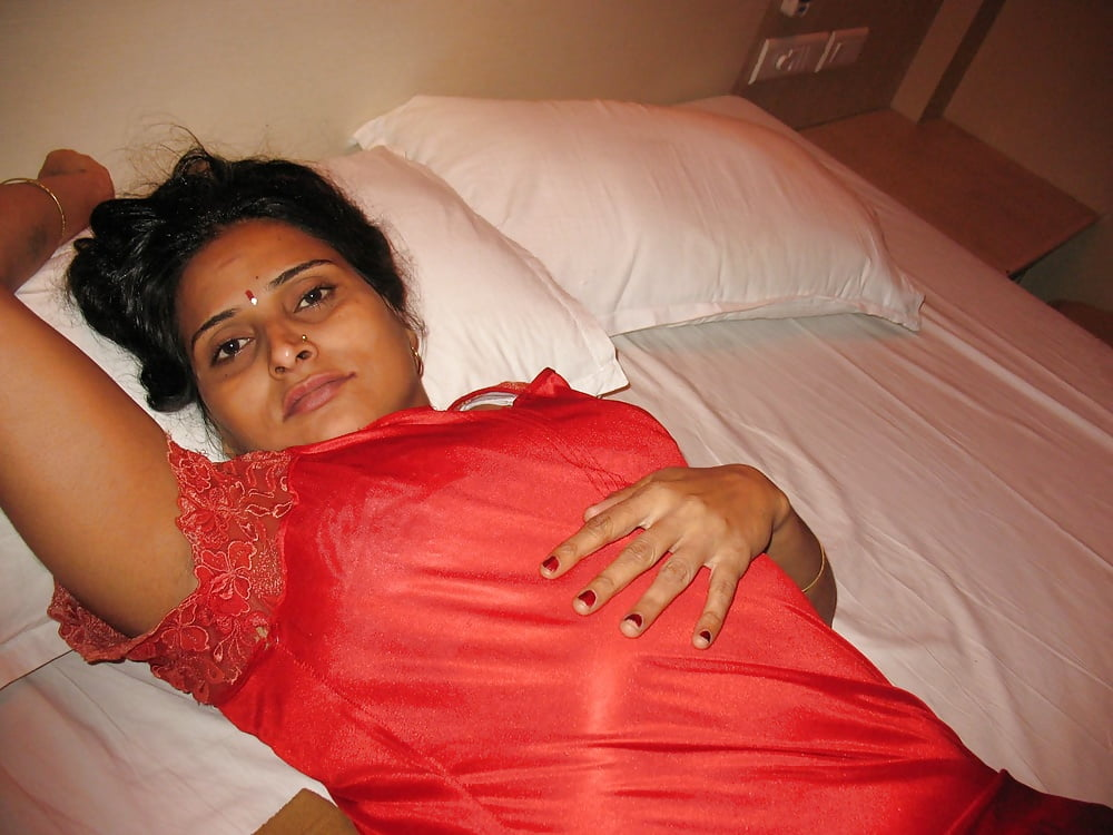 maid fucked with servant indian desi hot naukrani www